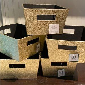 Other - 5 Gold sparkle shimmer after dark storage bins